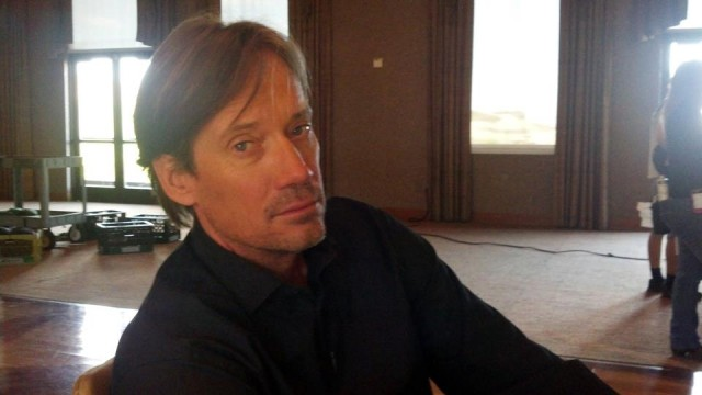 Kevin Sorbo on the set of Alongside Night
